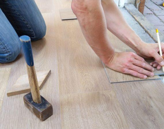 Byggeexpert hjælper dig med at finde råd og viden om håndværk